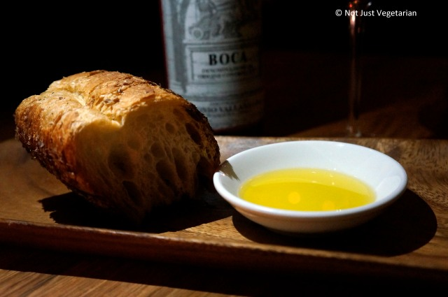 Bread with extra virgin olive oil in NYC
