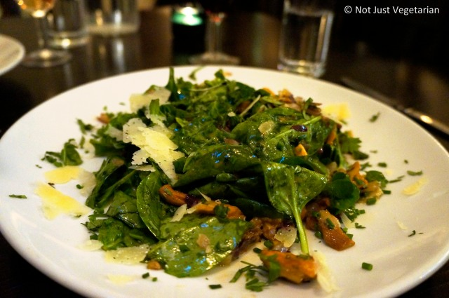 Woodland Salad (Wild rocket, spinach, roasted hazelnuts, Twineham grange hard cheese and pan-fried chanterelles, tossed with herbs fines and a truffle oil and lemon dressing) at The Gate Islington in London