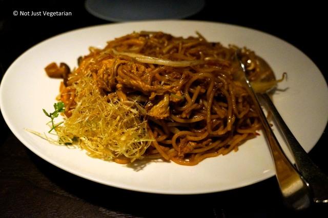 Hakka noodles with mushrooms at Hakkasan Mayfair in London