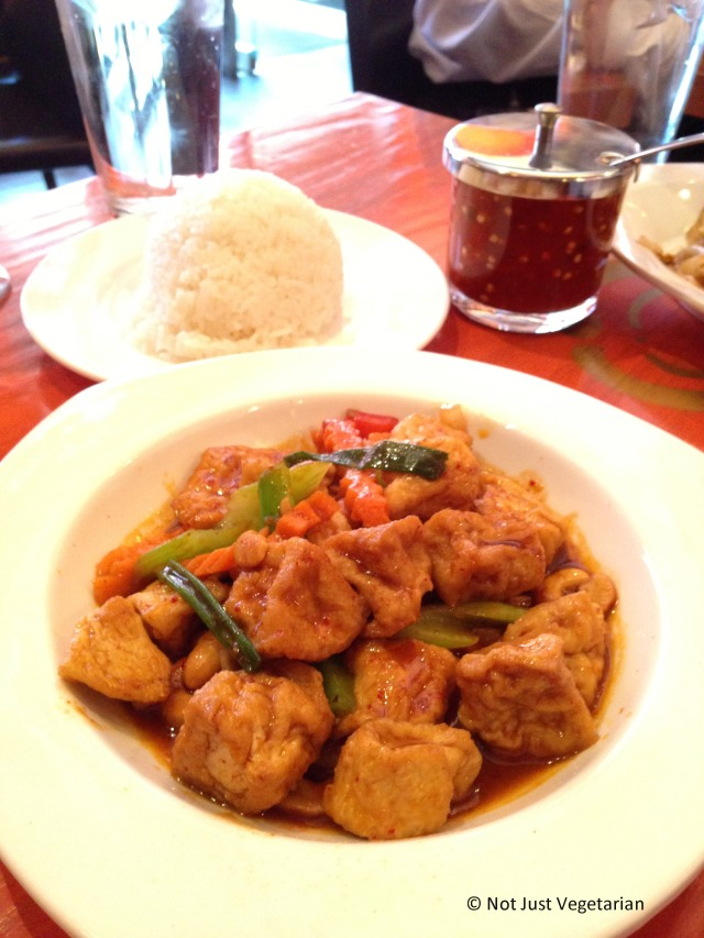 Tofu in Cashew Sauce at Sky Thai in Jersey City, NJ