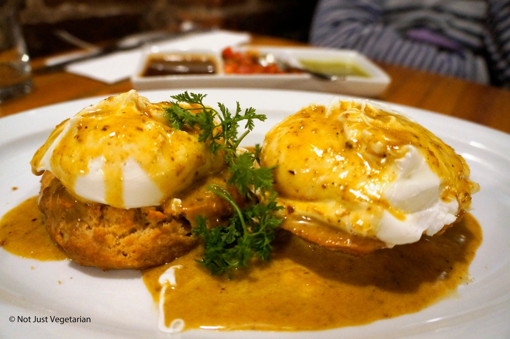 Huevos Rancheros Benedictos at Hecho en Dumbo, NYC