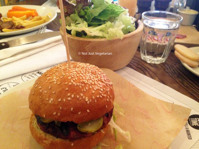 Burger at Sophie's Steakhouse in Chelsea, london